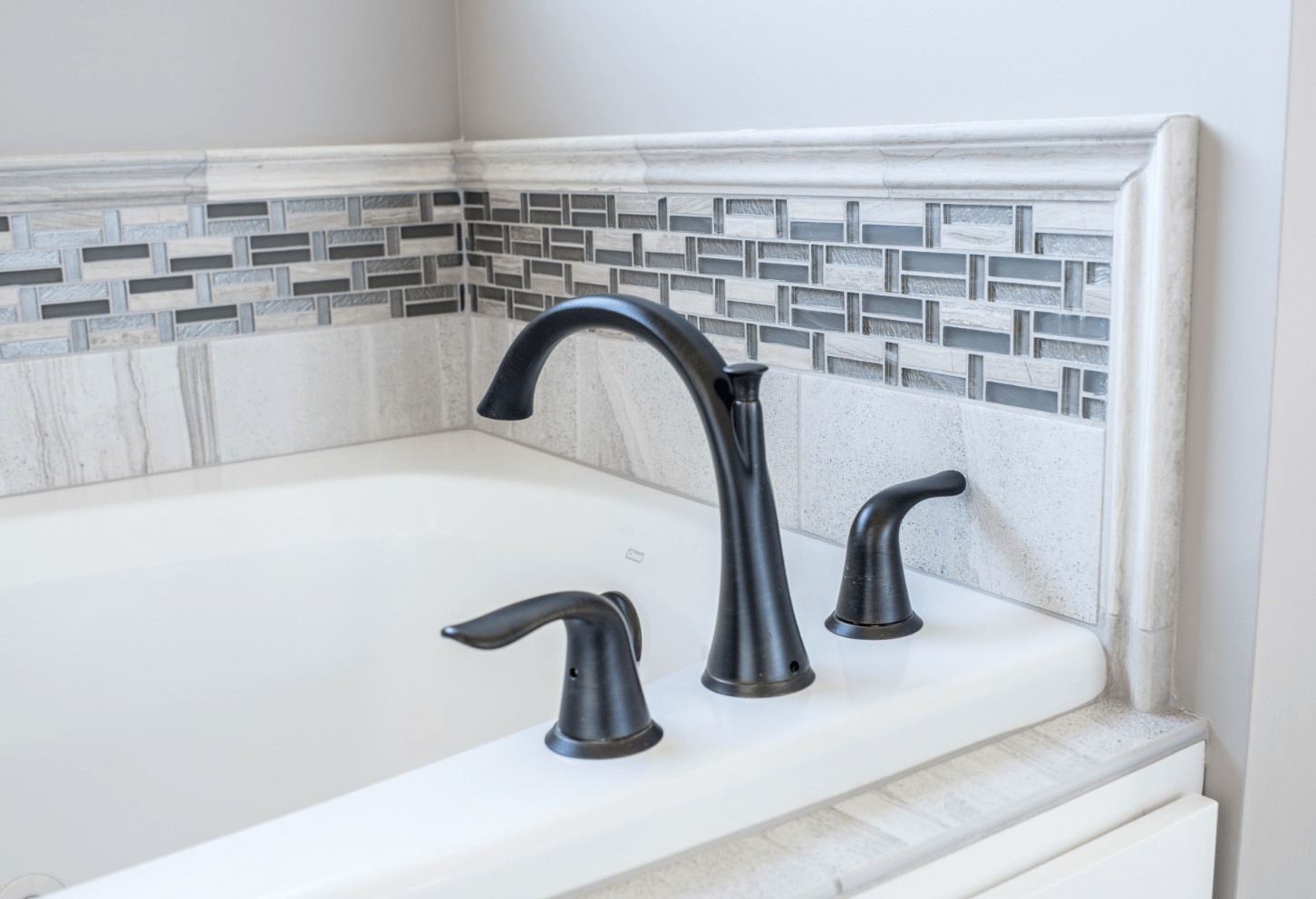 Wash basin tiles | Johnston Paint & Decorating